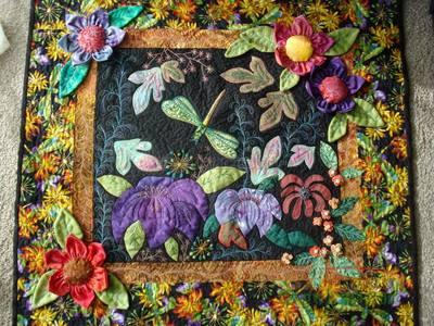 蜻蜓花朵装饰