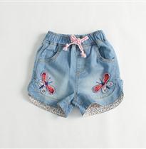 牛仔短裤蝴蝶